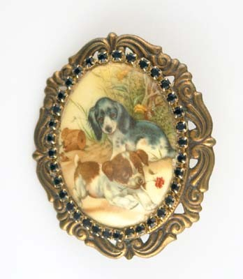 puppy_with_rose_cameo_brouch_pet108_f5d04377